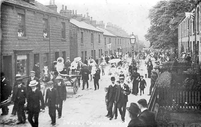 1906 Burley in Wharfedale Gala Procession, West Terrace, Burley in Wharfedale.